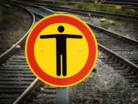 Die Bahn kommt – Versprechen oder doch eherDrohung?